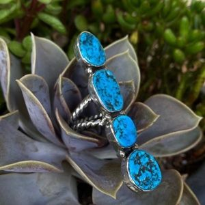 Sterling Silver Kingman Turquoise Southwest Ring